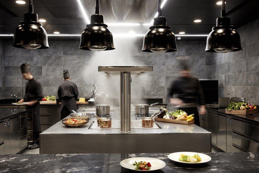 Chef_Sache_Blogbeitrag_Eine_kulinarische_Reise_vom_Gipfel_bis_ins_Tal_Showcooking